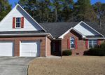 Foreclosed Home en CANFORD LN, Fayetteville, NC - 28304