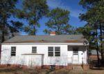 Foreclosed Home en EUREKA AVE, Fayetteville, NC - 28311