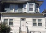 Foreclosed Home en RICHELIEU TER, Newark, NJ - 07106