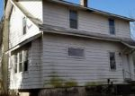 Foreclosed Home en S MAPLE ST, Woodbury, NJ - 08096
