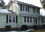 Foreclosed Home en OCANOE PL, Hampton, VA - 23661