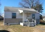 Foreclosed Home en EANES LN, Richmond, VA - 23231