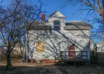 Foreclosed Home en SHAW AVE, Providence, RI - 02905
