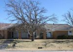 Foreclosed Home en SE CAMELOT DR, Lawton, OK - 73501