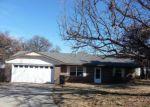 Foreclosed Home en W COOL SPRINGS RD, Rush Springs, OK - 73082