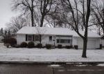 Foreclosed Home en MONTAGANO BLVD, Cleveland, OH - 44121