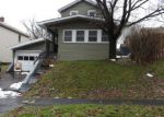 Foreclosed Home en DOUGLAS ST, Syracuse, NY - 13203