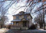 Foreclosed Home en N WALKER ST, Montgomery City, MO - 63361