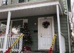 Foreclosed Home en WELTON ST, New Brunswick, NJ - 08901