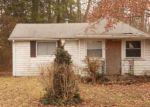 Foreclosed Home en CRYSTAL DR, Williamstown, NJ - 08094