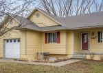 Foreclosed Home en SE 18TH CT, Des Moines, IA - 50320