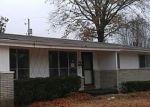 Foreclosed Home en ORBITT DR, Saint Louis, MO - 63136