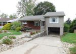 Foreclosed Home en DELANEY DR, Pittsburgh, PA - 15235