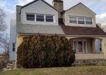 Foreclosed Home en PARKER AVE, Upper Darby, PA - 19082