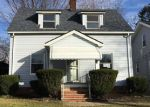 Foreclosed Home en ANTHONY ST, Maple Heights, OH - 44137