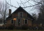 Foreclosed Home en WOODLAND DR, Lake Geneva, WI - 53147