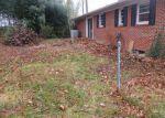 Foreclosed Home en HALES CHAPEL RD, Johnson City, TN - 37615