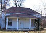 Foreclosed Home en N CHESTNUT ST, Richland, MO - 65556