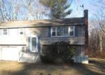 Foreclosed Home en BEECHWOOD DR, Colchester, CT - 06415