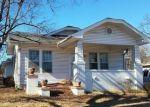 Foreclosed Home en OAK ST, Morrilton, AR - 72110