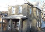 Foreclosed Home en N MAIN ST, Dubuque, IA - 52001