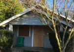 Foreclosed Home en SE 84TH AVE, Portland, OR - 97266