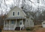 Foreclosed Home en JACKSON HILL RD, Middlefield, CT - 06455