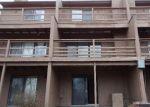 Foreclosed Home en SW SKYLINE PKWY, Topeka, KS - 66614