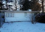 Foreclosed Home en LAKEVIEW AVE, Danville, IL - 61832