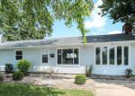 Foreclosed Home en W MAIN ST, Thorntown, IN - 46071