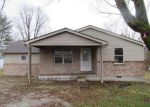 Foreclosed Home en N GREEN MEADOWS EST, Fairland, IN - 46126