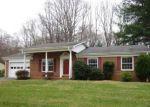 Foreclosed Home en AKERS DR, Stuart, VA - 24171