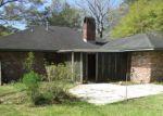 Foreclosed Home en DUFF RD, Walker, LA - 70785