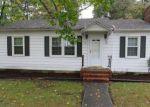 Foreclosed Home en FLEETWOOD AVE, Waverly, VA - 23890