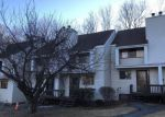 Foreclosed Home en SPICE HILL DR, Wallingford, CT - 06492