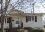 Foreclosed Home en CELIA AVE, Charlotte, NC - 28216