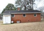 Foreclosed Home en W 10TH ST, Scotland Neck, NC - 27874