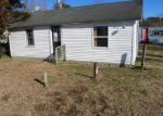 Foreclosed Home en LANKFORD HWY, Parksley, VA - 23421