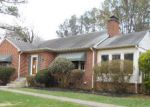Foreclosed Home en WAKEFIELD AVE, Fredericksburg, VA - 22405