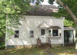 Foreclosed Home en WAREHAM ST, Middleboro, MA - 02346