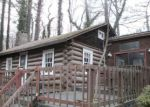Foreclosed Home en HUCKLEBERRY MOUNTAIN RD, Hendersonville, NC - 28792