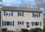 Foreclosed Home en KNIBB RD, Pascoag, RI - 02859