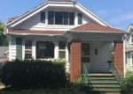 Foreclosed Home en S 78TH ST, Milwaukee, WI - 53219