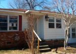 Foreclosed Home en 18TH AVE, Northport, AL - 35476