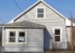 Foreclosed Home en SUMMER ST, Meriden, CT - 06451