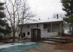Foreclosed Home en HARDIN ST, Vine Grove, KY - 40175