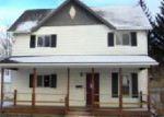 Foreclosed Home en N OAKLAND ST, Saint Johns, MI - 48879