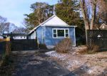 Foreclosed Home en ELIZABETH AVE, Toms River, NJ - 08753