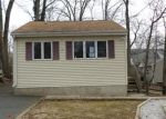 Foreclosed Home en WINDSOR AVE, Hopatcong, NJ - 07843
