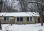 Foreclosed Home en CHILLICOTHE RD, Chagrin Falls, OH - 44023